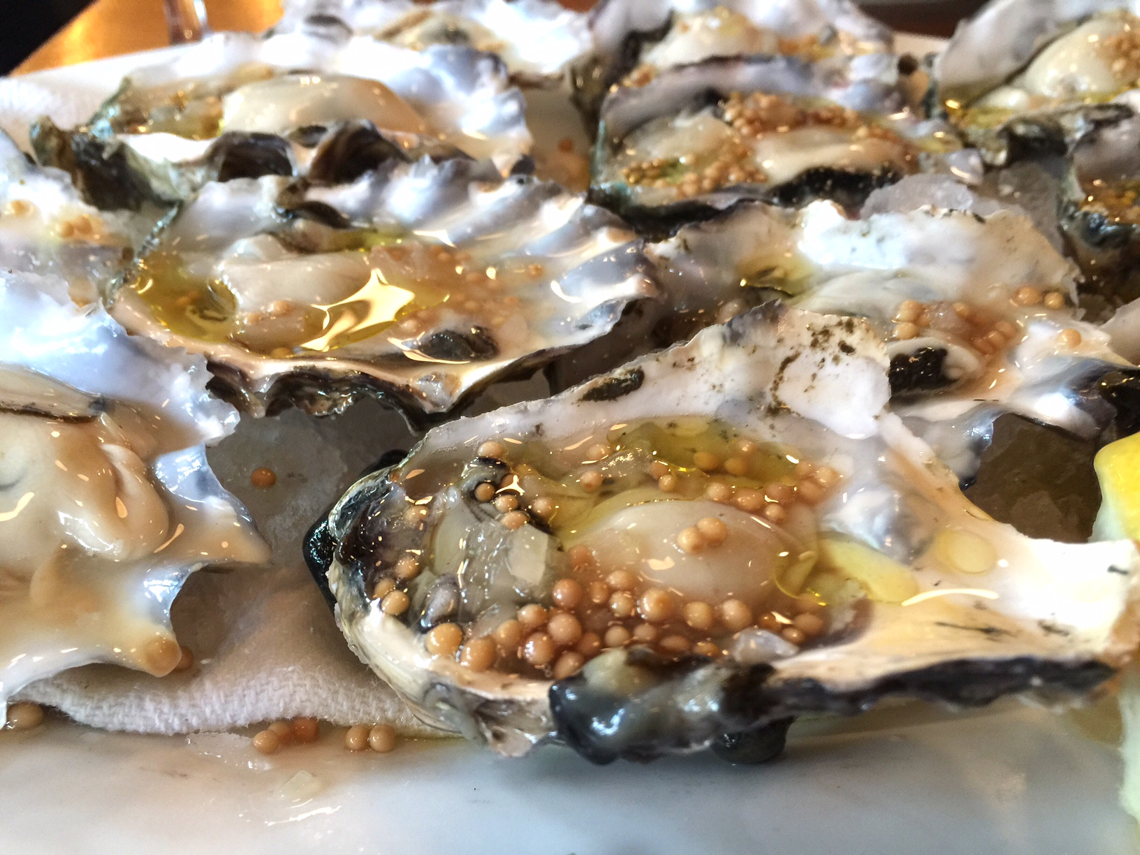 Seattle | Local 360 | Oysters | Happy Hour