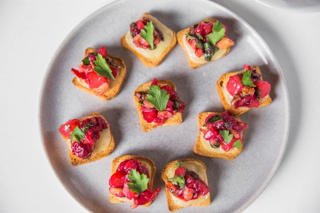 Cheddar Cranberry Chutney Crostini-12